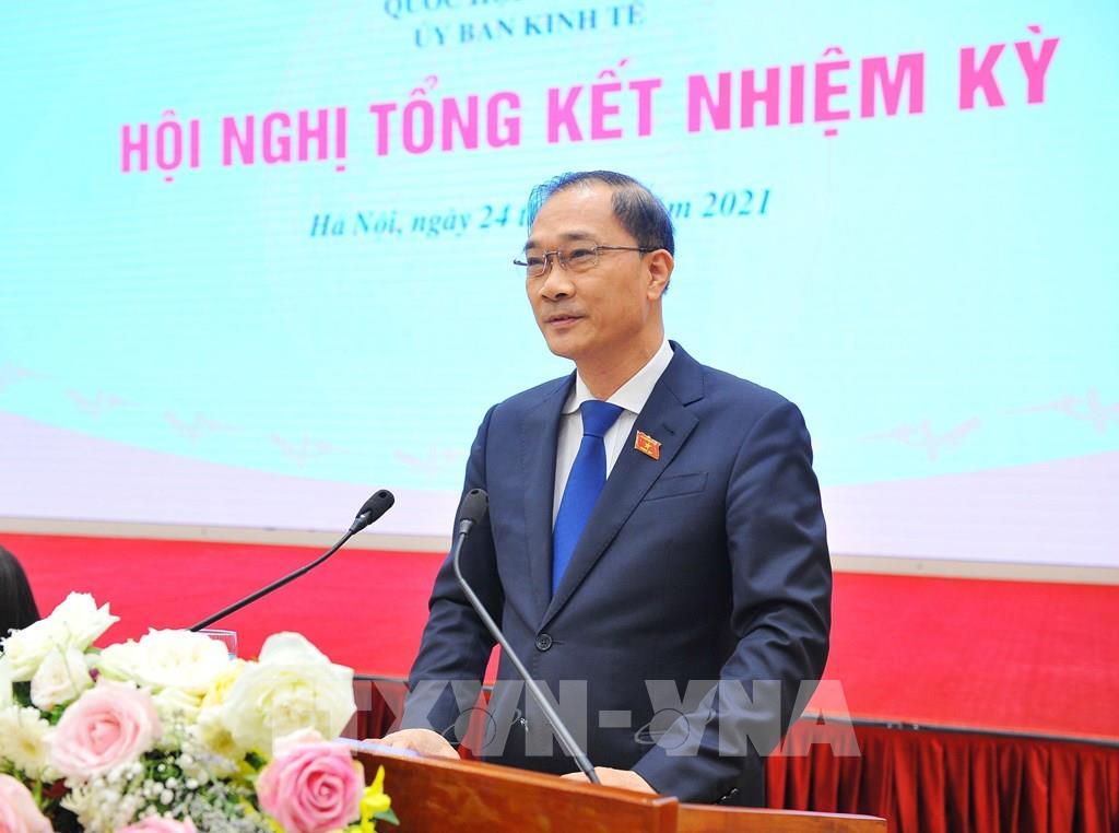 Đồng chí Vũ Hồng Thanh, Chủ nhiệm Ủy ban Kinh tế của Quốc hội phát biểu khai mạc. (Ảnh: Minh Đức - TTXVN)