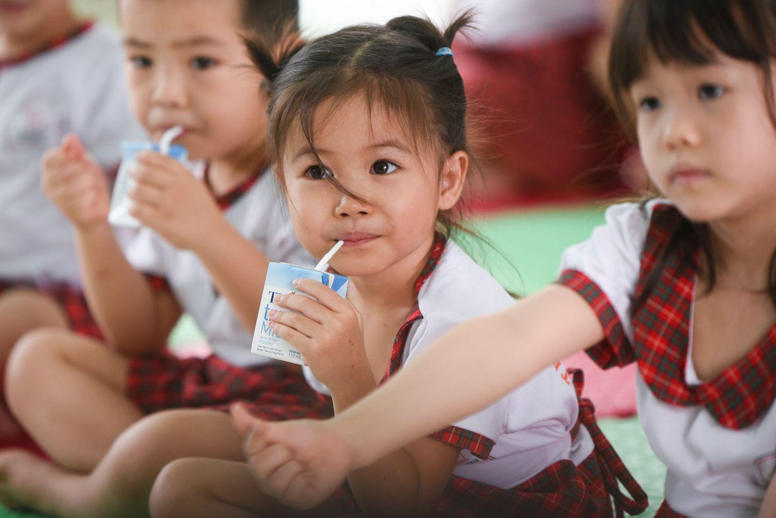 TH luôn nỗ lực với việc kiểm soát chất lượng sữa ở Việt Nam