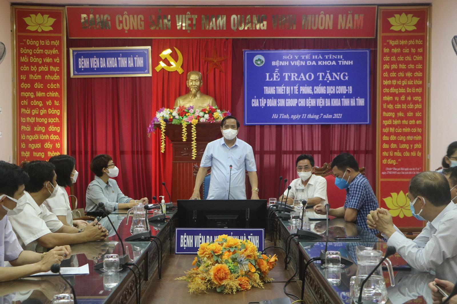 Nguyên Phó trưởng Ban Thường trực Ban Tổ chức Trung ương Nguyễn Thanh Bình phát biểu tại buổi lễ