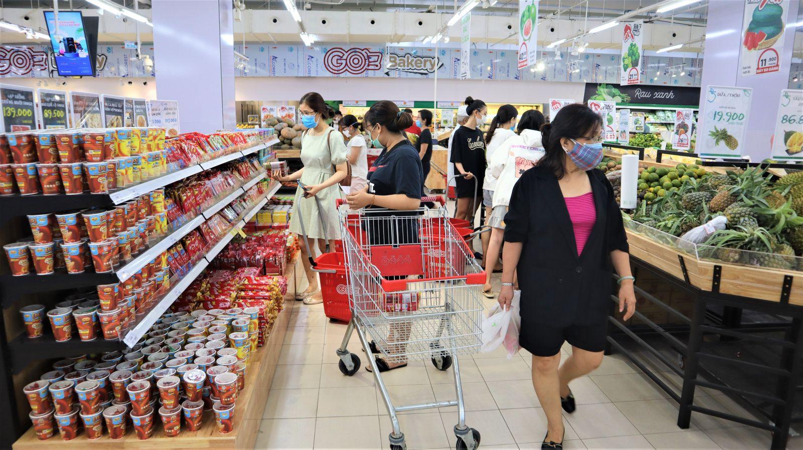 Hệ thống các siêu thị, nhà phân phối đã cam kết và sẵn sàng cung ứng tăng 3-5 lần các chủng loại thực phẩm.