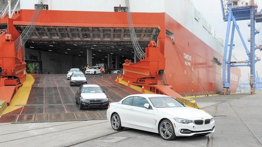 Lượng ô tô nhập khẩu về nước trong tháng 3 tăng đột biến. (Ảnh minh hoạ)