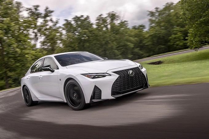 IS bản nâng cấp thế hệ thứ ba. Ảnh: Lexus.