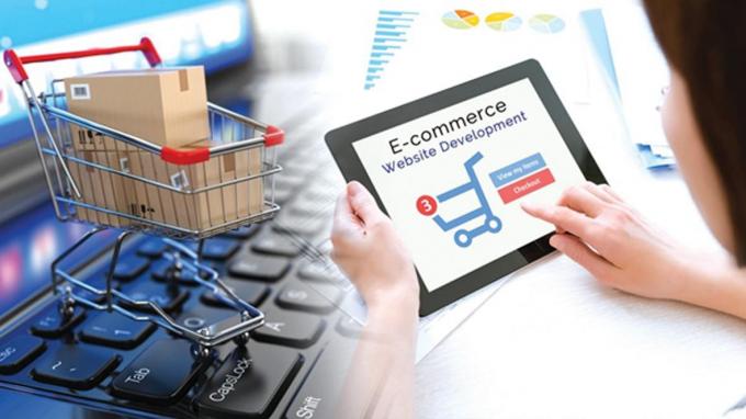 Từ 1/8, các sàn thương mại điện tử đang hoạt động tại Việt Nam, sẽ phải khai thuế và nộp thuế thay cho các cá nhân kinh doanh trên sàn.