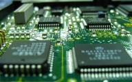 Tăng trưởng ngành ô tô gặp khó vì thiếu hụt chip điện tử