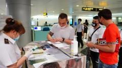 Ngăn chặn hành khách sử dụng giấy tờ giả để đi máy bay