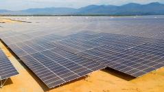 EVN lúng túng với điện mặt trời?