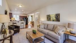 Bất động sản cho thuê: Nên có sẵn đồ nội thất hay không?
