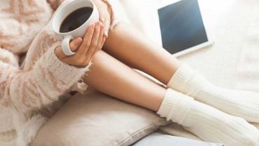 Vì sao một số người chân tay luôn lạnh cóng dù ủ trong chăn ấm?