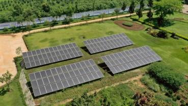 Vinamilk đầu tư hệ thống năng lượng mặt trời tại 12 trang trại trên cả nước