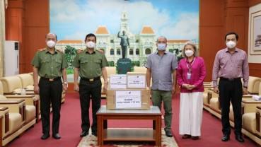 Tập đoàn Masan tặng 150.000 hộp sữa, hỗ trợ dinh dưỡng cho F0 tại các bệnh viện TP.HCM