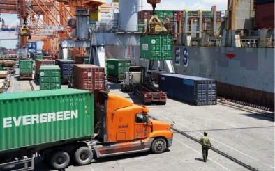 Hoạt động xuất khẩu gặp khó do chi phí logistics tăng cao
