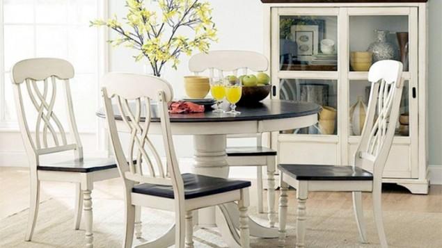 Cách lựa chọn bàn ăn hợp phong thủy, tạo không gian đầm ấm cho gia đình