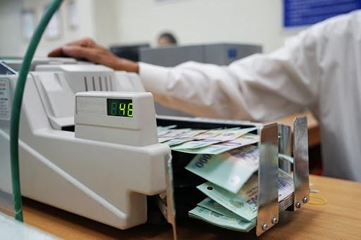 """Những ngân hàng """"khỏe mạnh"""" sẽ được tăng hạn mức tín dụng vào cuối năm"""