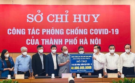 Techcombank trao tặng 15 tỷ đồng hỗ trợ Thủ đô Hà Nội chống dịch Covid-19